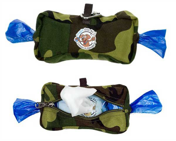 The Doggie Doo All features 2 rolls of poo bags and a pack of sanitizing wipes in a handy, clip-on pouch.