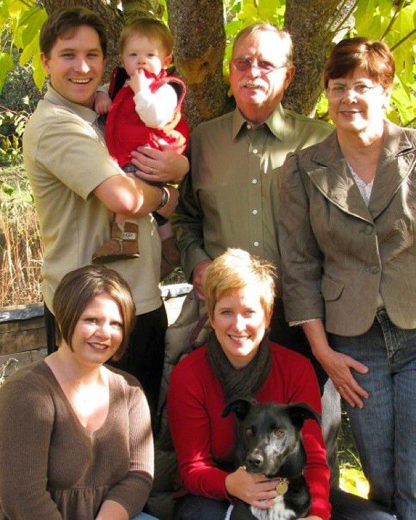 Thanksgiving 2008 - Newell/Peugh Holiday Card. (Photo courtesy of Wendy Newell)