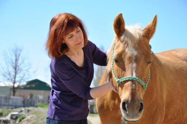 By Alayne Blickle Polly Klein communicates with Annie, a Quarter Horse mare.